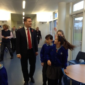 Ilford North MP Wes Streeting spends morning at WIJPS